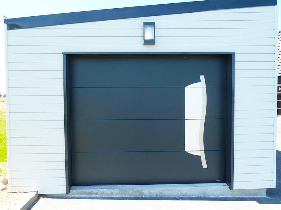 Espace confort 2000 réalise la porte sectionnelle de votre garage à La Roche sur Yon